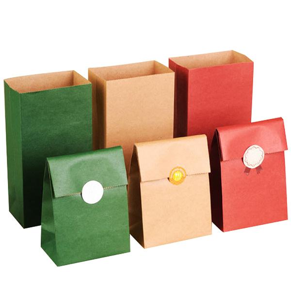 PYC Wholesale Spot Custom Logo Vintage Kraft Paper Bags Eco-friendly Square Bottom Christmas Gift Packaging Bag